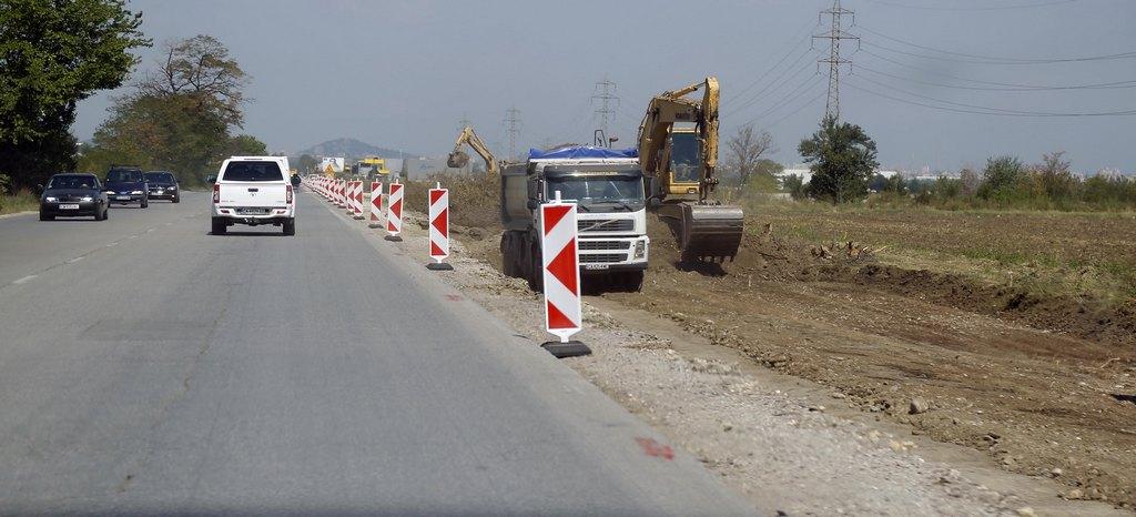 Başbakan Borisov Filibe-Asenovgrad yolunda onarım çalışmalarını yerinde inceledi