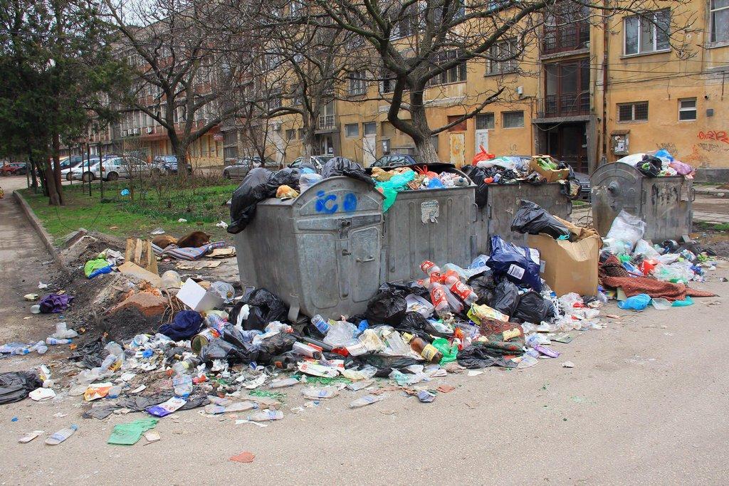 Düzensiz atılan çöpler için 1000 levaya varan ceza
